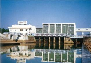 富山県/射水平野の排水施設